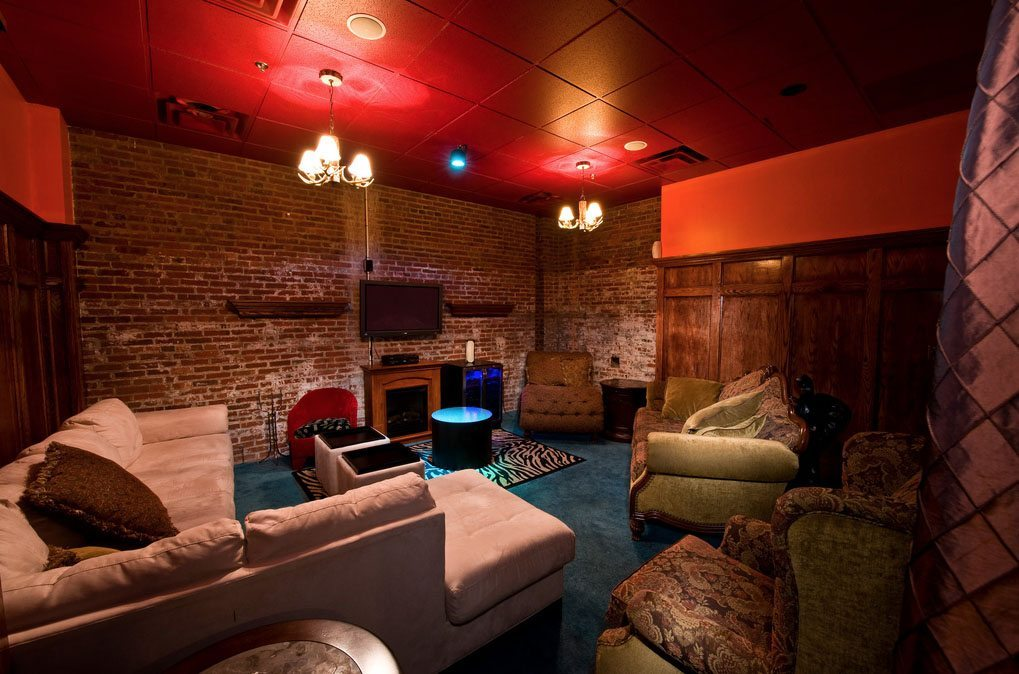 Private VIP rooms at Hustler