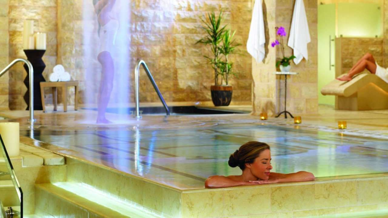 Qua Baths and Spa at Caesar's Palace exude Roman era bath ambiance