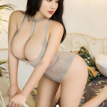 Kira provides the ultimate asian outcall massage experince